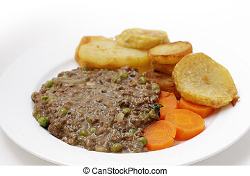 Mince and peas with carrot and saute potatoes - Minced beef...