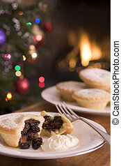 Mince Pie with Brandy Cream