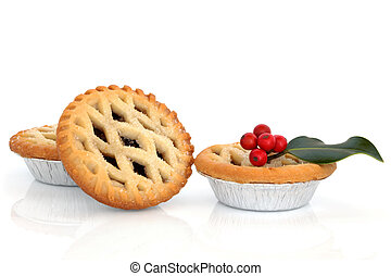 Mince Pies and Holly - Christmas mince pie group with holly ...