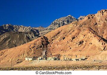 Mine in the Desert