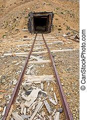 Mine rail and shaft