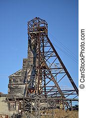 Mine shaft