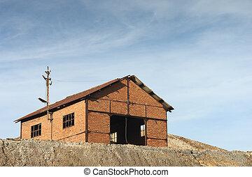 Mine warehouse