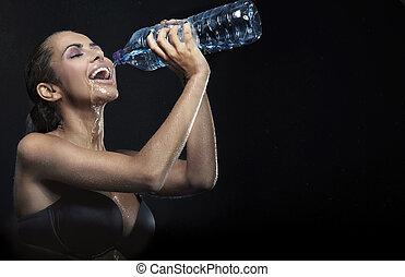 mineral, belleza, joven, agua, embotellado, bebida