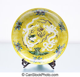 Ming dynasty China Plate, with dragon and flaming pearl...