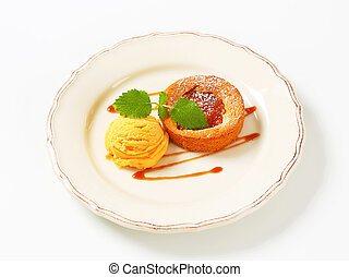 Mini apple tart with ice cream