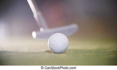 mini golf, golf., haut, frapper, personne, crosse, fin, jouer, ball.