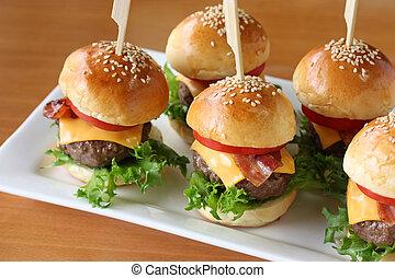 mini hamburgers, mini burgers - party food, finger food