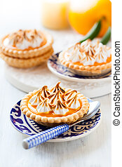 Mini orange curd tartlets