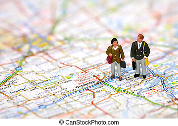miniatur, geschäft reisende, stehende , auf, a, landkarte