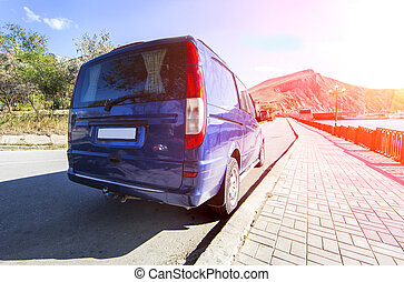 minibusz, road., parkolt