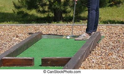 Minigolf game playing