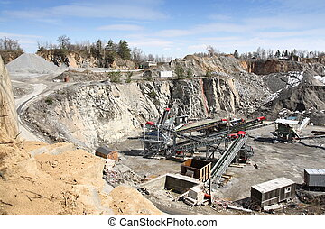 Mining in the quarry - Belt conveyors and mining equipment ...