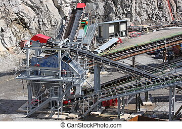 Mining in the quarry - Belt conveyors and mining equipment...