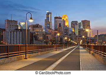 Minneapolis. - Image of Minneapolis skyline taken from Stone...