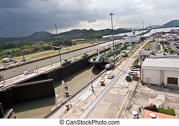 Miraflores locks Panama canal - Ship entering Miraflores...