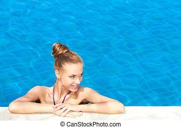 mirar agradable, delgado, mujer, en, el, hermoso, piscina