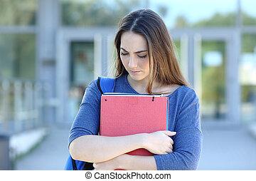mirar, ambulante, abajo, estudiante, campus, triste