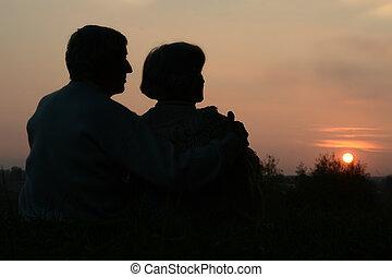 mirar, puesta del sol de los pares, anciano