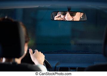 mirrow, femme, chauffeur