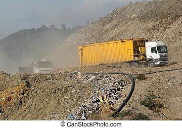 mise en décharge, camions, site, déchets