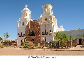 Mission san Xavier del Bac - Spanish mission San Xavier del...
