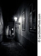 misterioso, linternas, callejón, estrecho