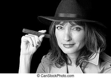 misterioso, mujer, y, cigarro