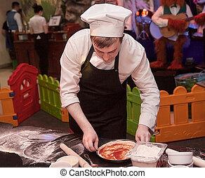 mistrz kucharski, profesjonalny, dzieciaki, przygotowując, pizza