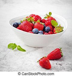 Mix fresh berries, blueberry strawberry, raspberry
