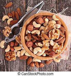 mix nuts
