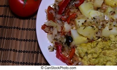 Mixed cauliflower with potatoes and grilled vegetables....