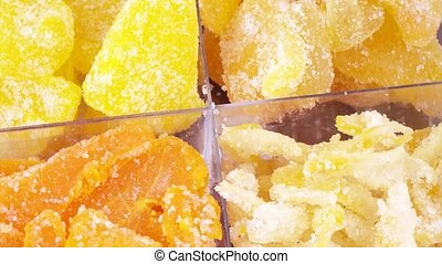 Mixture of four candied fruits - Rotation of the lobules of...