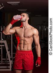 mma, vechter, met, proteïne, shaker