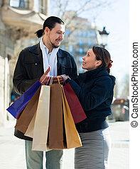 mnóstwo, para, ulica, zakupy