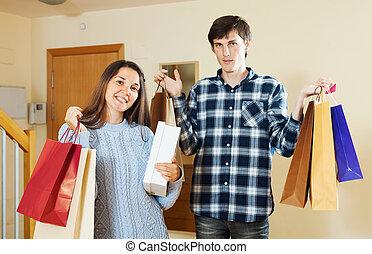 mnóstwo, para, zakupy, dom