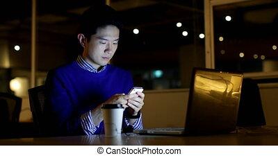 mobile, bureau, utilisation, cadre, 4k, mâle, téléphone bureau