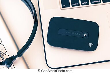 Mobile Hotspot Device - Mobile Hotspot Wi-Fi Device and...
