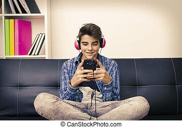 mobile, préadolescent, téléphone, adolescent, maison, enfant, ou