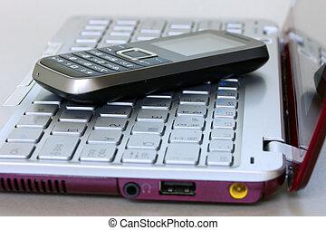 mobile, telefono, sopra,  laptop, tastiera
