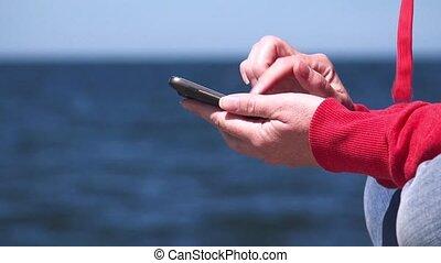 mobile, utilisation, mains, femme, téléphone