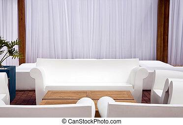 mobilia esterna