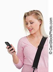 mobiltelefon, henne, snopen, se, kvinna