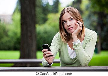 mobiltelefon, tankfull, kvinna räcka