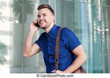 mobiltelefon, vandrande, mobil, ung, väska, man, stilig