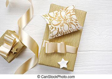 Mockup Christmas greeting card text Hohoho with gold gift ...