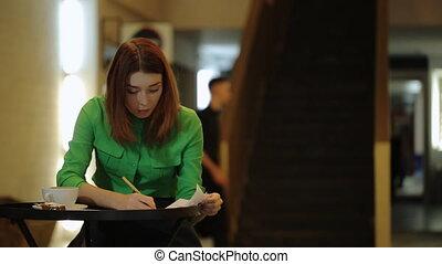 modèles, femme, gauche, fonctionnement, séance, nombres, papiers, café, corriger, côté, pousser feuilles