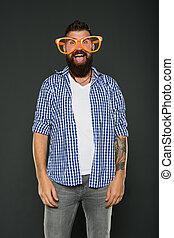 moda, beard., brincalhão, partido., engraçado, só, mind., extravagante, hipster, desfrutando, desgastar, barbudo, glasses., partido, sujeito, homem, himself., accessory., divertimento, entretendo, meu, óculos