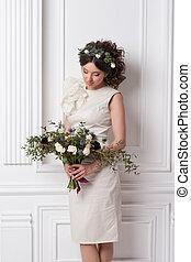 moda, beleza, modelo, menina, com, flores, hair., bride., perfeitos, criativo, compor, e, cabelo, style., hairstyle., buquet, de, bonito, flores