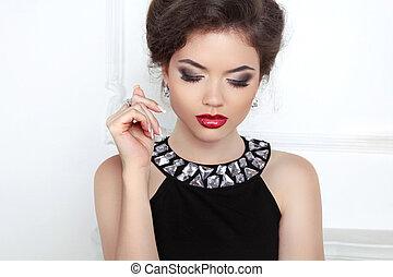 moda, bonito, morena, mulher jovem, com, maquilagem, e, luxo, ne
